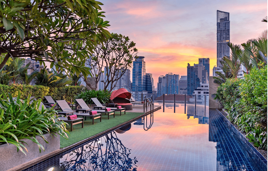 luxury pool over looking bangkok during the best time of year to visit